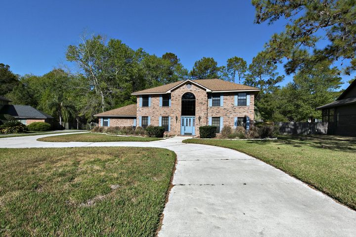 residential |  662 FINGAL DR