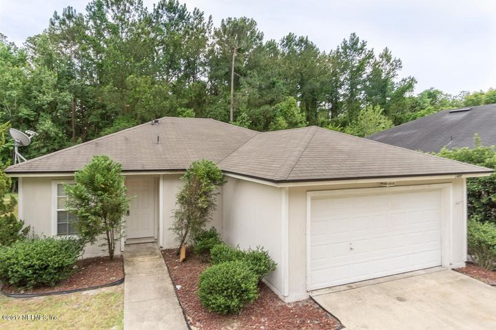 1405 WALNUT ST, GREEN COVE SPRINGS, FL 32043