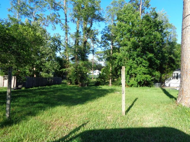 vacant-land    0 LOYS DR