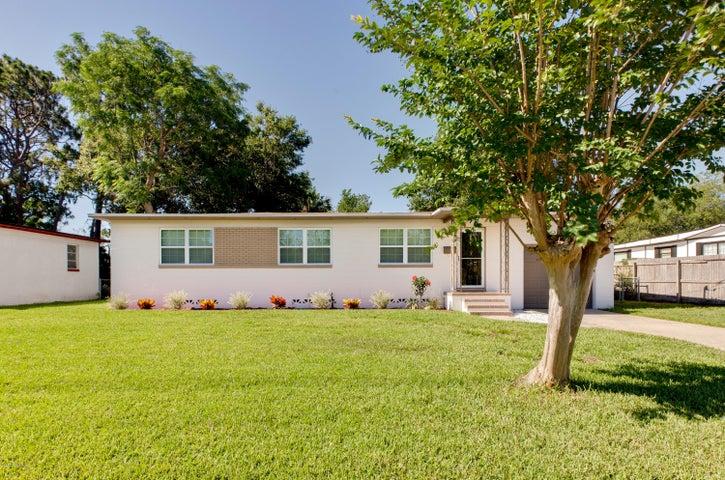 6512 BLACKWOOD DR, JACKSONVILLE, FL 32277