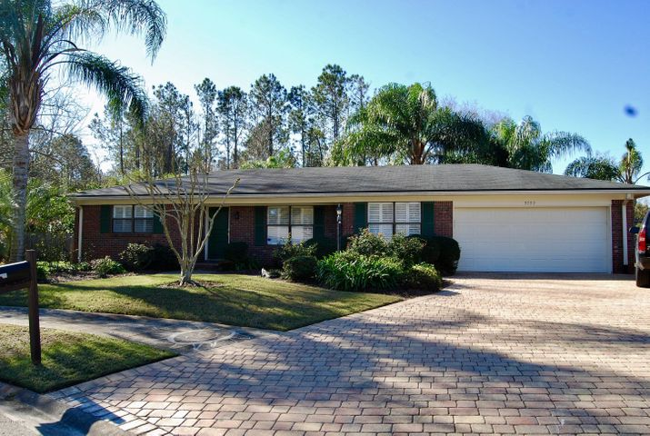 brierwood-real-estate |  9092 MOORGATE CT