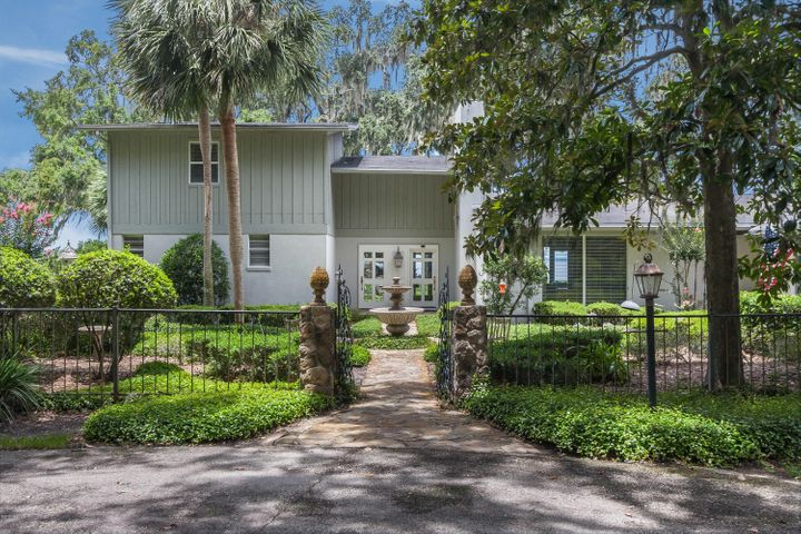 beauclerc-real-estate |  3007 FOREST CIR