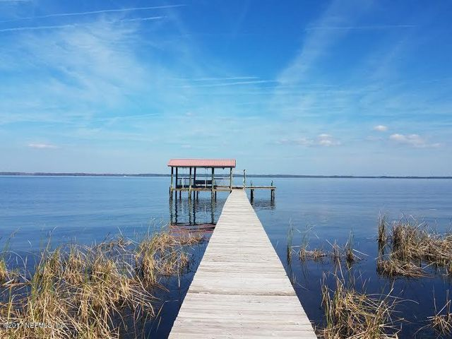 Pre-Hurricane Irma. Dock will not be replaced