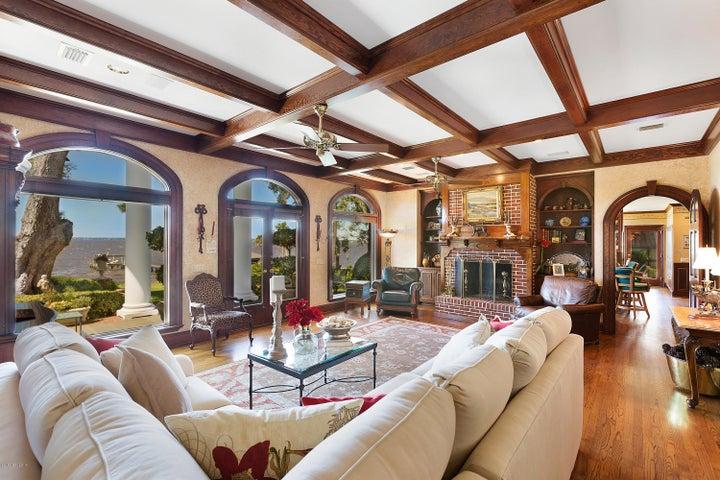 san-marco-real-estate |  2300 RIVER RD
