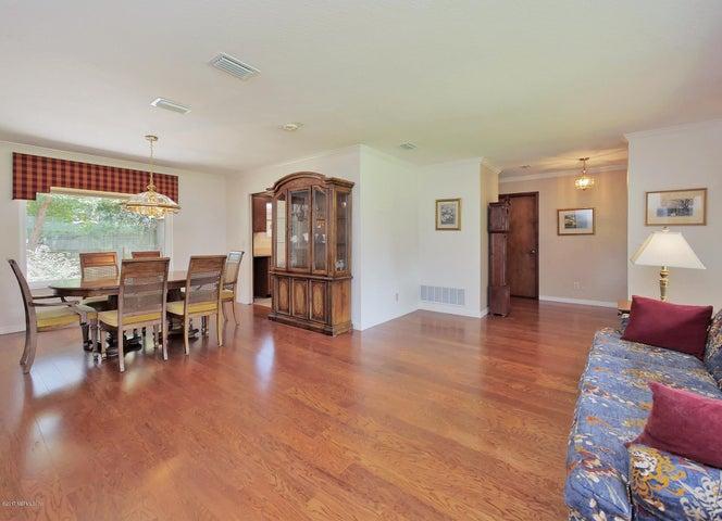 arlington-real-estate |  6501 WALTHO DR