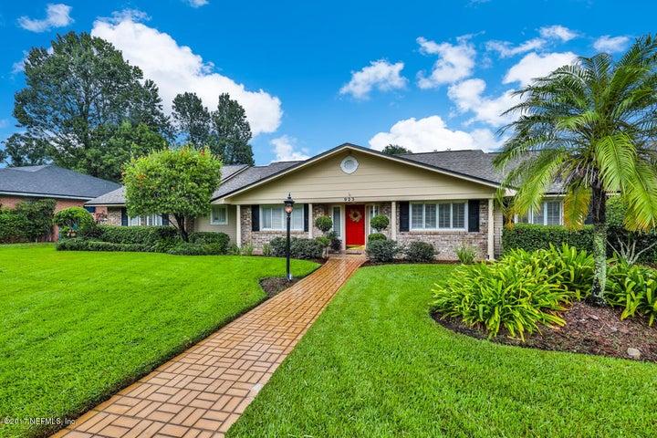 residential |  923 POINT LA VISTA RD N