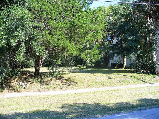 vacant-land    2241 BAYVIEW RD