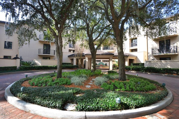epping-forest-real-estate |  6740 North EPPING FOREST WAY 108 & 109