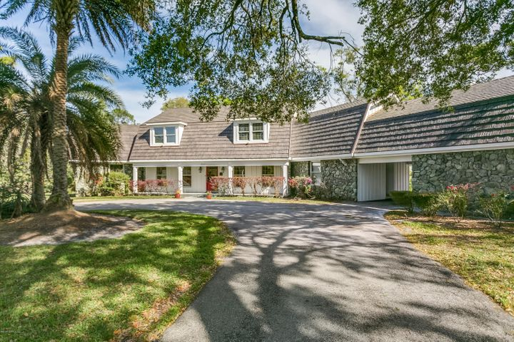 8267 PRESIDENTIAL DR, JACKSONVILLE, FL 32256