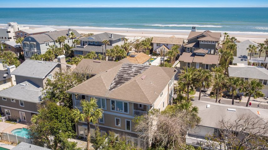 1750 BEACH AVE, ATLANTIC BEACH, FL 32233