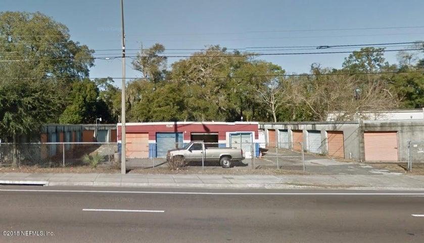 7130 MAIN ST N, JACKSONVILLE, FL 32208