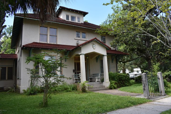 One of a Kind Home in Historic Riverside - PLUS 2 Buildable Lots