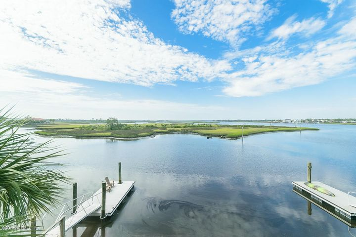2360 BEACH BLVD, JACKSONVILLE BEACH, FL 32250