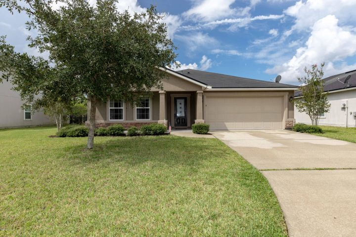 Welcome to this move-in ready ranch in Aberdeen!