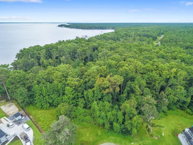 352 EAGLE CREEK RD, GREEN COVE SPRINGS, FL 32043