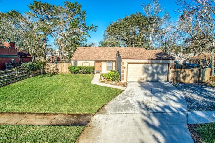 8358 CORALBERRY LN, JACKSONVILLE, FL 32244