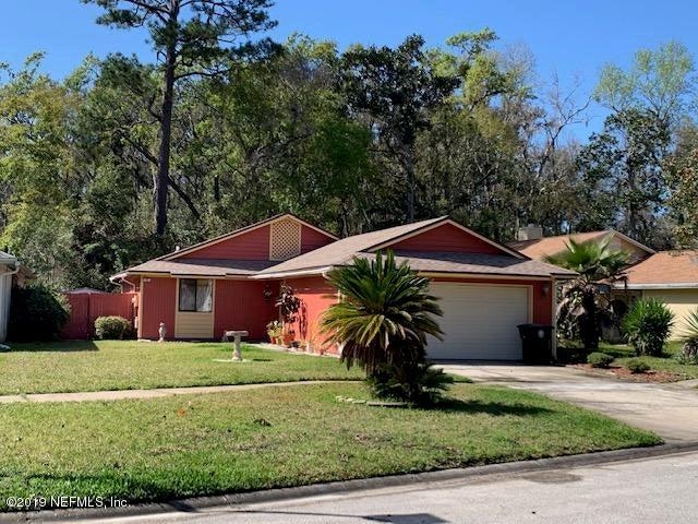 8236 LAKE WOODBOURNE DR W, JACKSONVILLE, FL 32217