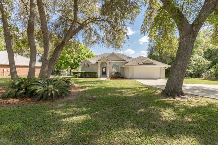 Beautiful Lake home on paved road close to shopping