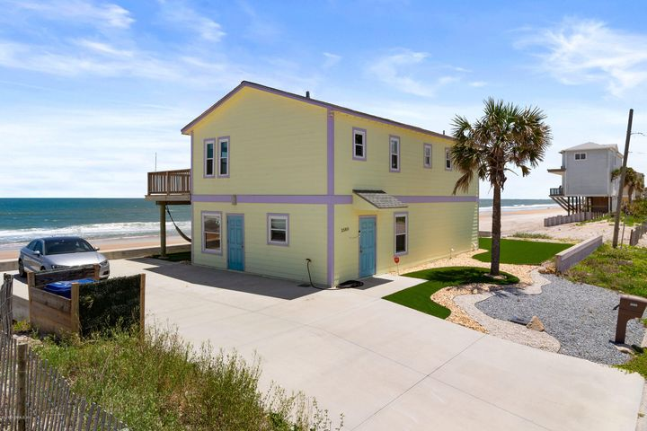 Direct oceanfront home