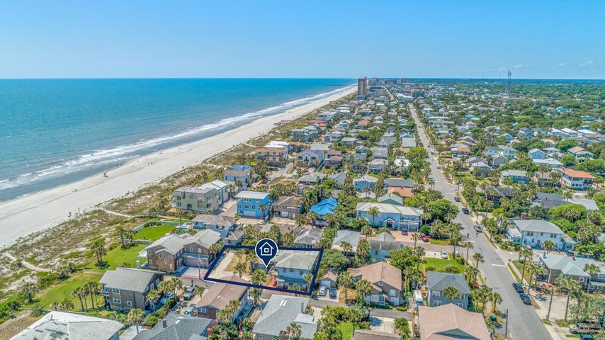111 ROSE PL, NEPTUNE BEACH, FL 32266