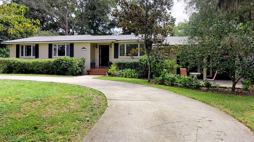 Front of Home with Circular Driveway