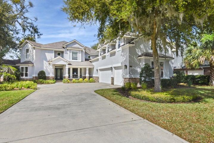 13711 SAXON LAKE DR, JACKSONVILLE, FL 32225