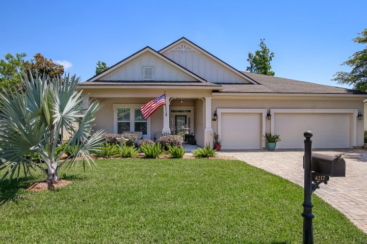 This incredulous stucco home seriously will not last long! The home is in impeccable condition and shows like a staged home!