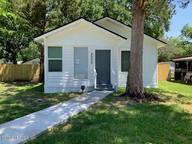 Beautiful 3 Bedroom, 2 bath home! Completely rehabbed!