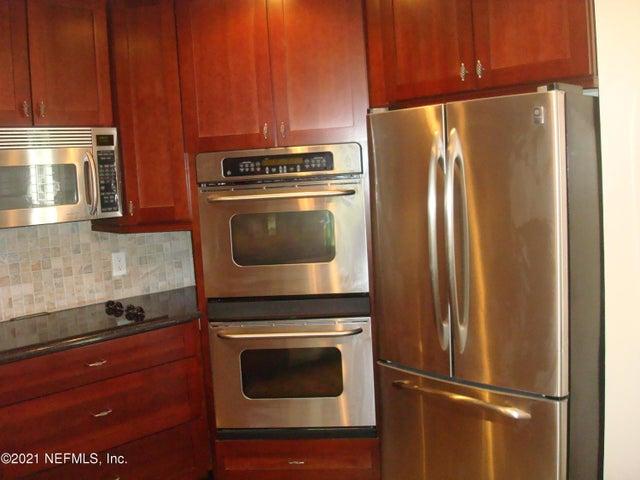 402 BRANCH WOOD LN, 402, JACKSONVILLE, FL 32256