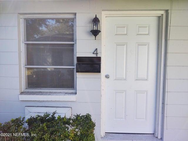 5643 MERRILL RD, 4, JACKSONVILLE, FL 32277