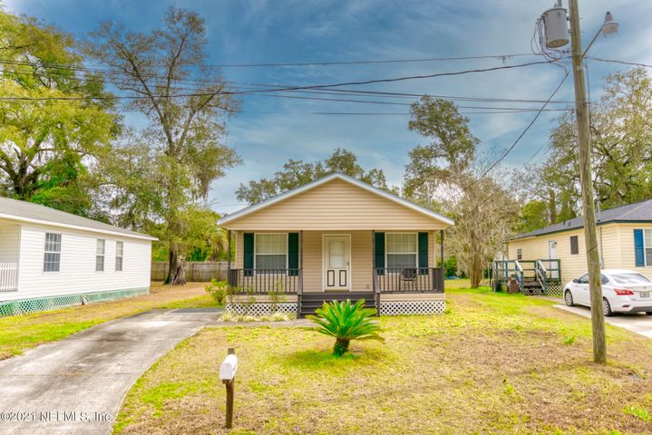 1205 EAST ST, GREEN COVE SPRINGS, FL 32043