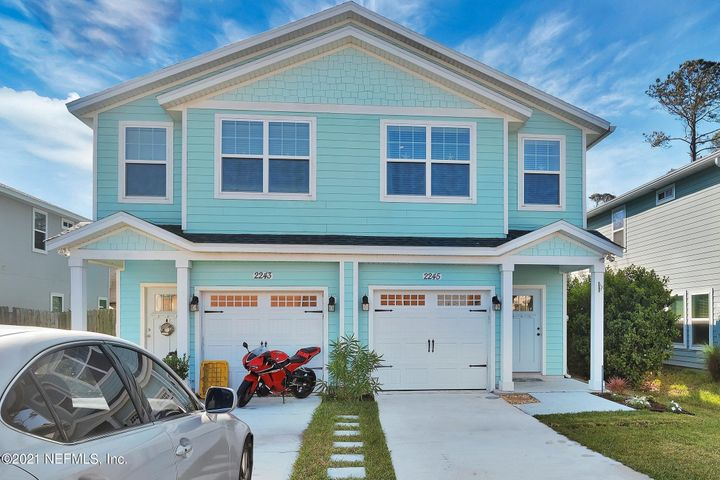 Welcome to the Beach!! This Like New Neptune Beach 3 Bedroom 2 Bath Townhome w/1 Car Garage is a Masterpiece of Style and Function.