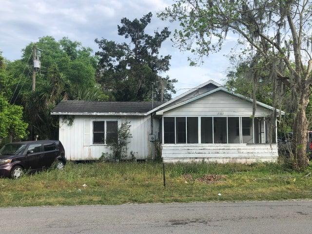 2103 SILVER LAKE DR, PALATKA, FL 32177