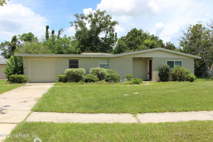 7531 KNOLL DR, JACKSONVILLE, FL 32210