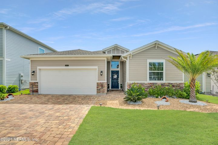 Beautiful 4 bed/3 full bath home with lots of extras.