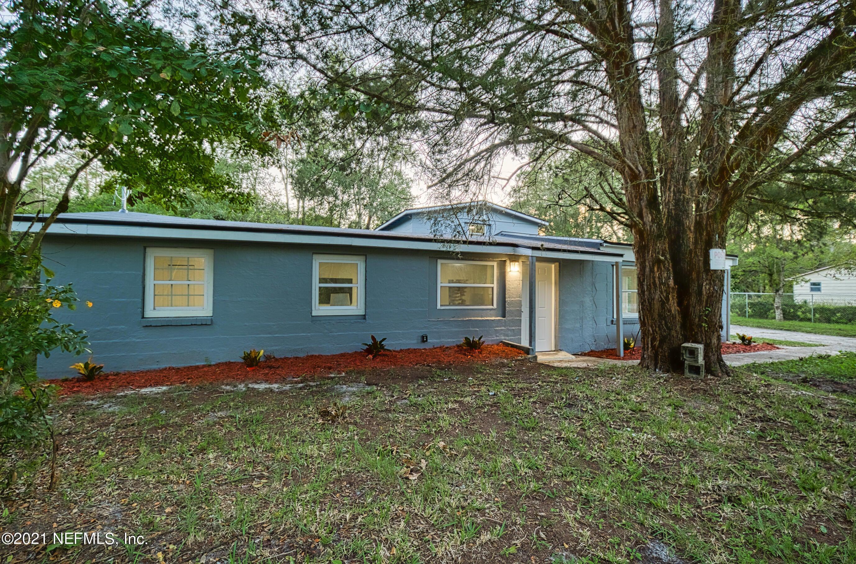 8136 SISKIN AVE, JACKSONVILLE, FL 32219
