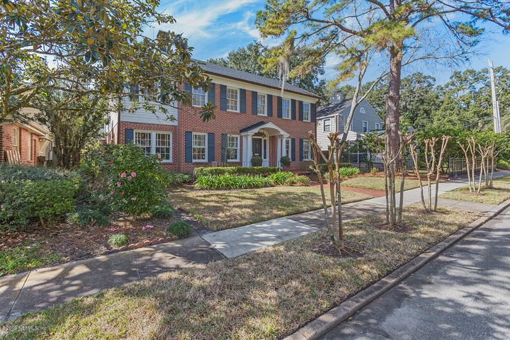 Jacksonville, FL 5 Bedroom Home For Sale