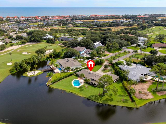 Lagoon to Golf Views - walk to PVB Club