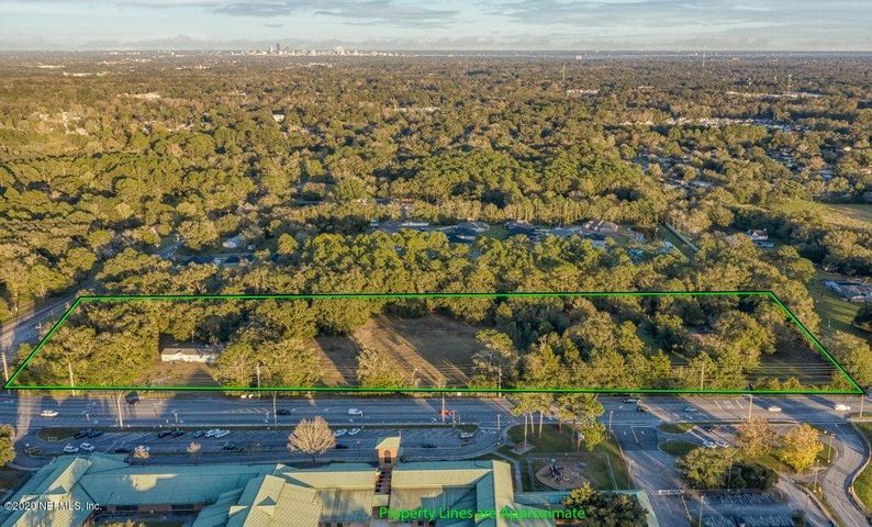~ DEVELOPER/BUILDER OPPORTUNITY~ Two parcels of land totaling 7.47 acres. (Parcel#0087570000 & Parcel #0087540000) Prime lots on an active signalized intersection in a steadily growing area of Duval county. Perfectly placed rectangular lot on the corner of Hammond Blvd and Lennox Ave with ample road frontage to allow for flow of business traffic to and from either side from the property. Zoned for Planned Unit Development (PUD) with loads of opportunity for retail, offices, single family housing and much more. A Full list of uses can be seen in documents. Current site plan is for office condominium use, however, all other uses allowed by the PUD can be easily permitted with minor modification. Just minutes from I10 and 295 and only 15 minutes from downtown Jacksonville. Also MLS#1082297