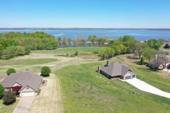 5053 Lake Breeze Rd. Lot #33 41020: Beautiful Premiere Building Lot