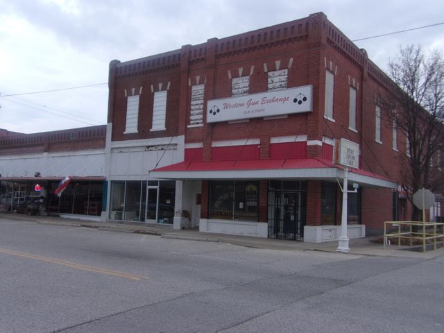 119 Commerce Street, Commerce, OK 74339