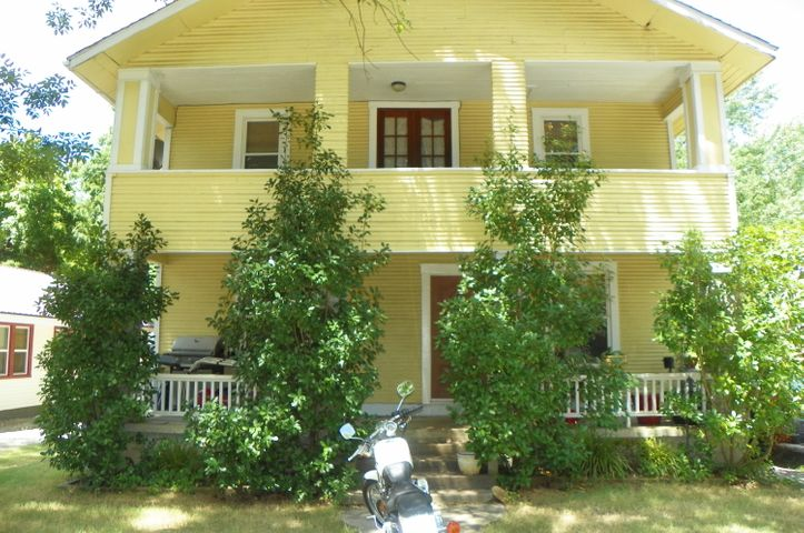 219 H St NW, Miami, OK 74354