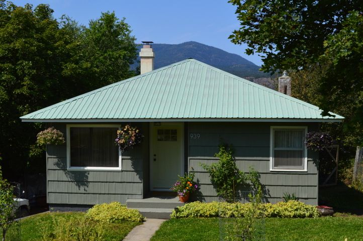 939 N MAPLE ST, COLVILLE, WA 99114