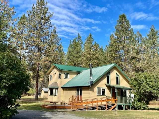 3+ BD, 2 BA on 5 private acres