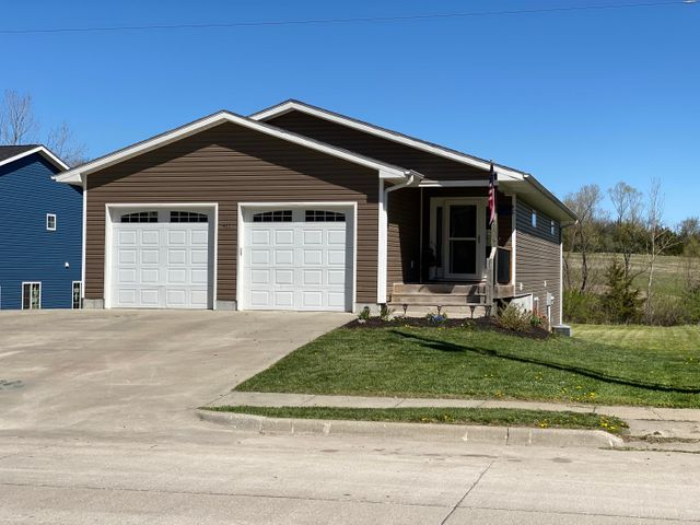 411 W 16TH Street, Maryville, MO 64468
