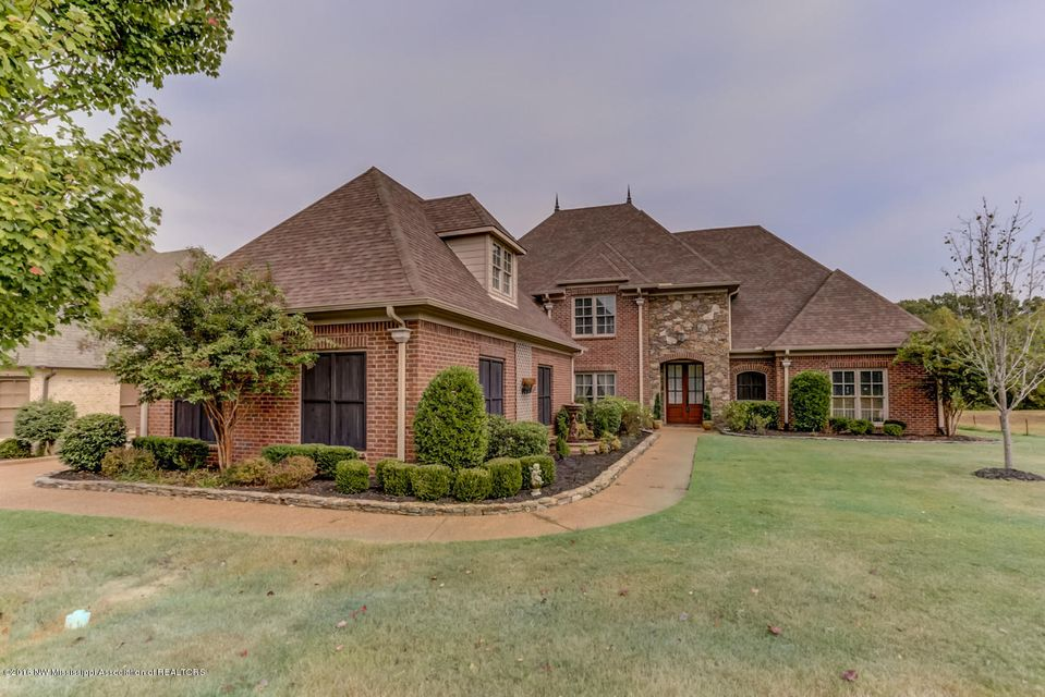 6458 cody cove olive branch home for sale crye leike for Usda homes for sale in ms