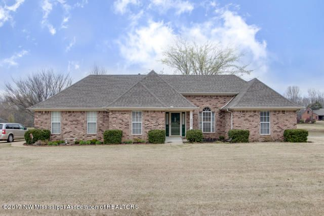 2050 Wood Hill, Horn Lake, MS 38637