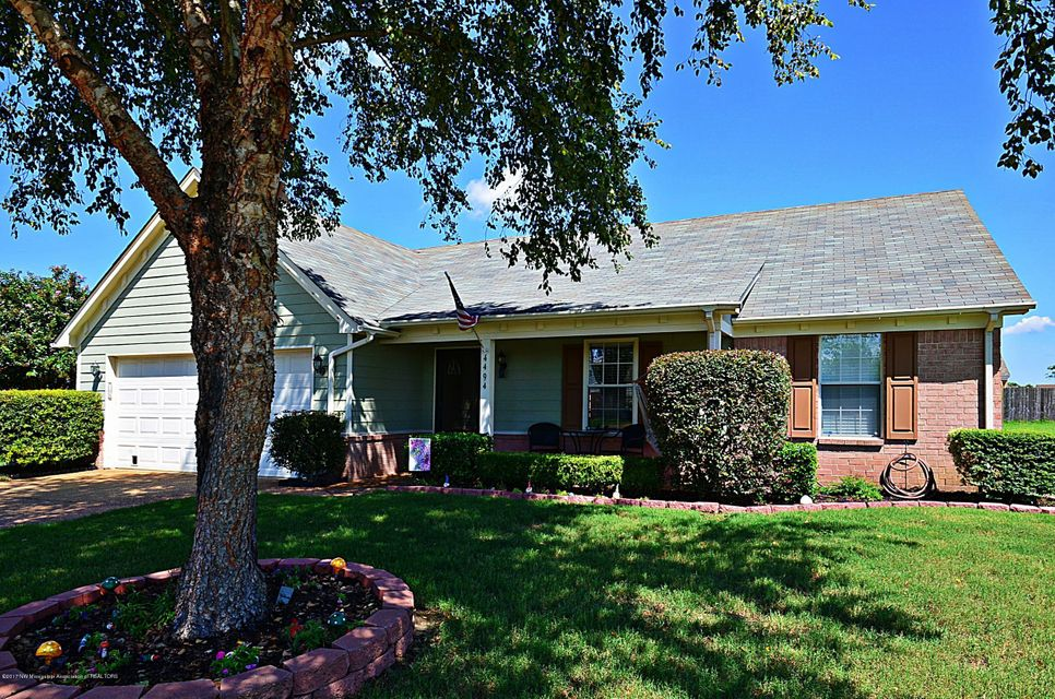 4494 Shadow Ridge Drive, Horn Lake, MS 38637