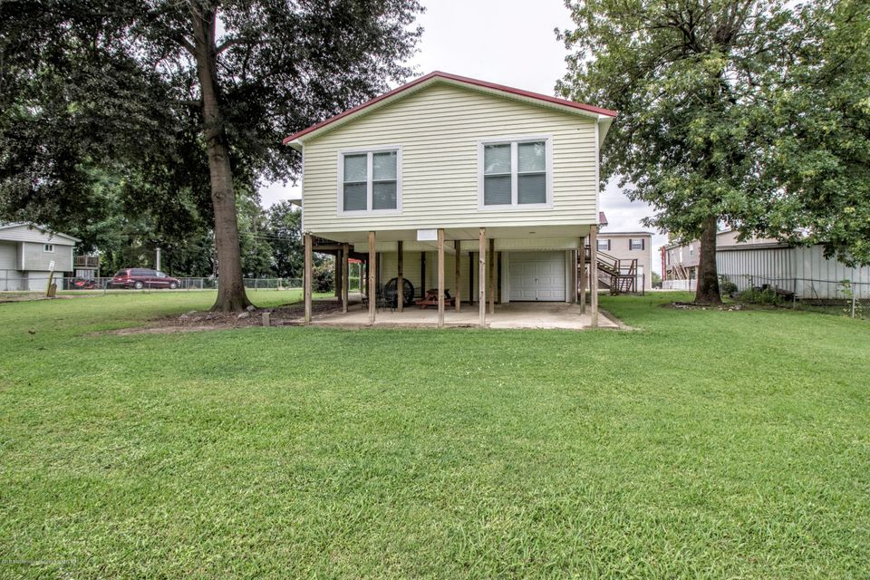 1014 bee tree tunica home for sale crye leike realtors for Usda homes for sale in ms
