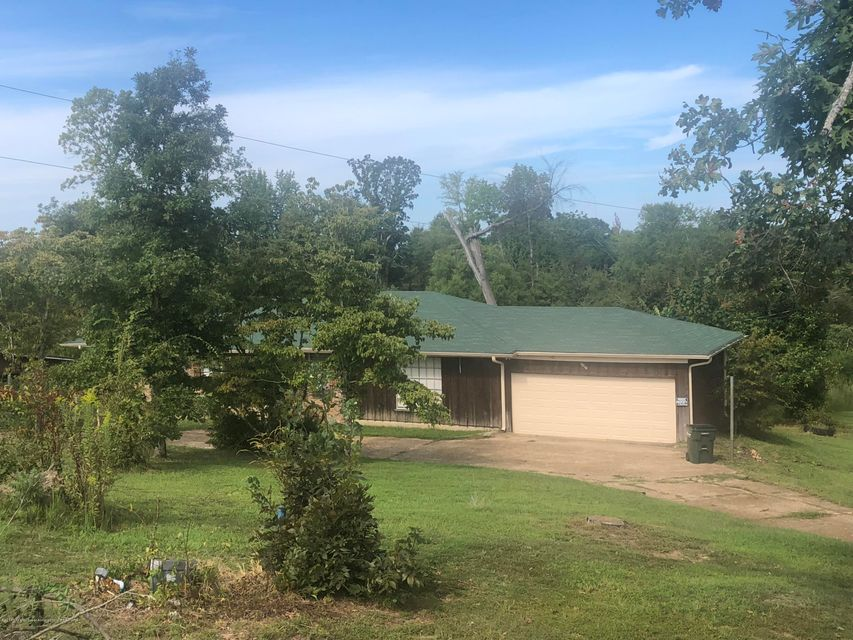 1010 W Old Hwy 4 Holly Springs, MS 38635 - MLS #: 318929